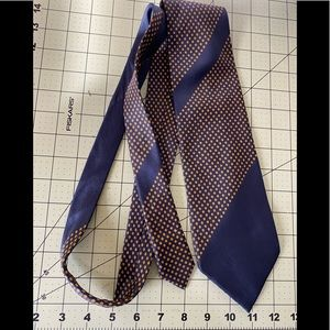 Givenchy designer executive style tie France 🇫🇷